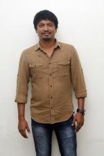 vishnu-vishal-movie-pooja-stills-012