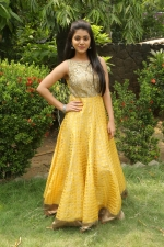 telugu-actress-yamini-bhaskar-stills-058