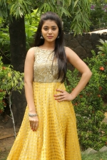 telugu-actress-yamini-bhaskar-stills-060