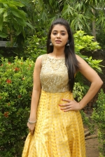telugu-actress-yamini-bhaskar-stills-064