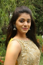 telugu-actress-yamini-bhaskar-stills-066
