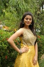 telugu-actress-yamini-bhaskar-stills-068