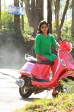 yendha-nerathilum-movie-stills-007