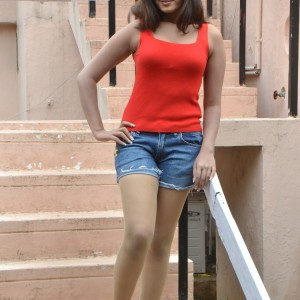 actress-lavanya-in-res-dress-stills-033