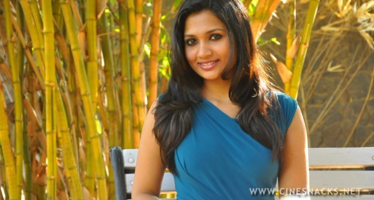 Actress Niranjana Photos