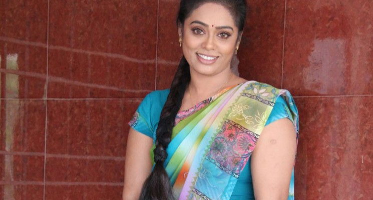 Devi Priya Tv Actress Photos