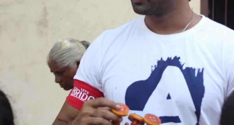 Aadhi Organises 'Muththirai Mugaam' Stills