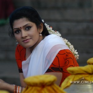 meendum-amman-movie-stills-006