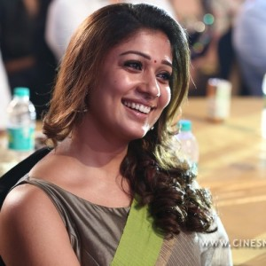 nayantara-at-vijay-awards-stills-002