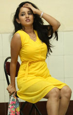 Actress Ishika Singh Photos