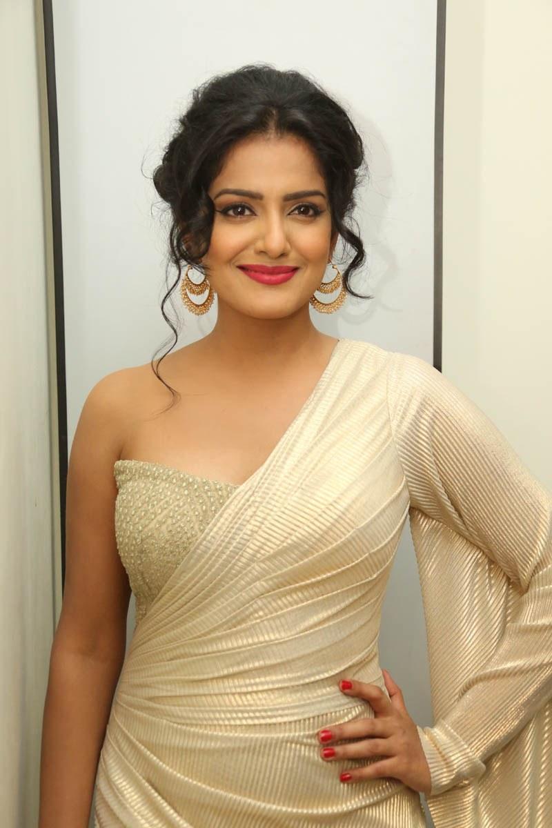 Vishaka express telugu online movie