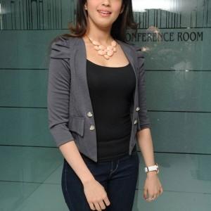 actress -pranith -photos-004