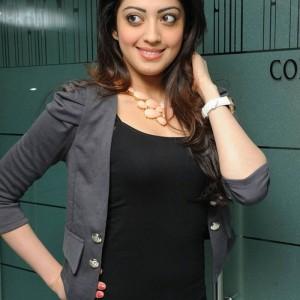 actress -pranith -photos-011