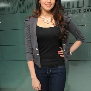actress -pranith -photos-014