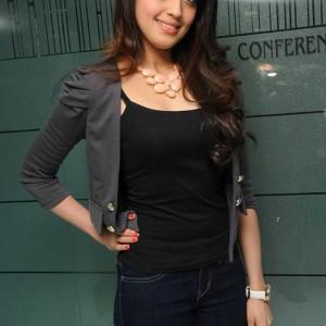 actress -pranith -photos-015