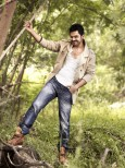 actor-karthi-stills-001