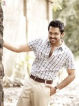 actor-karthi-stills-005