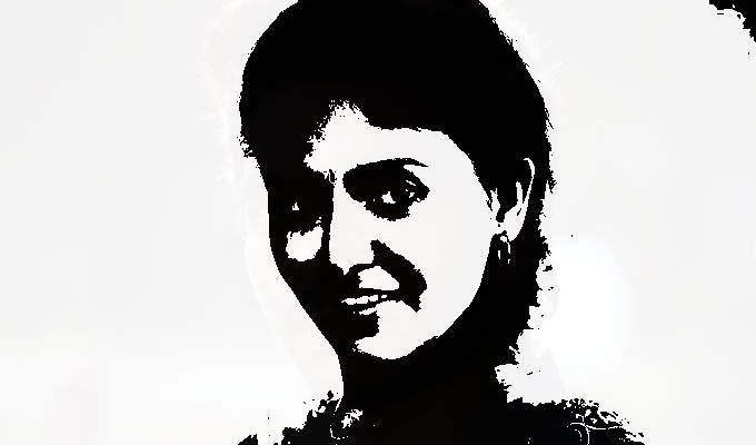 ஒளி இயக்குனரின் பிறந்தநாளில் ஆட்டம் போட்ட அங்காடி நடிகை!