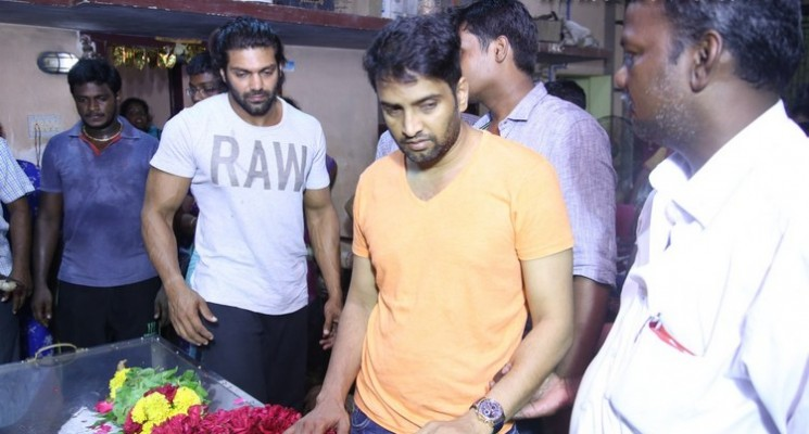 Celebrities pay their last respects to Santhanam's Father Stills