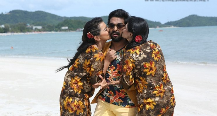 Kadavul Irukan Kumaru Movie Stills