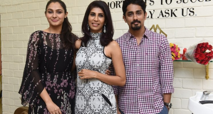 Siddharth and Andrea Inaugurates Wink Salon Photos