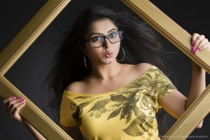 Saaya Movie Photos
