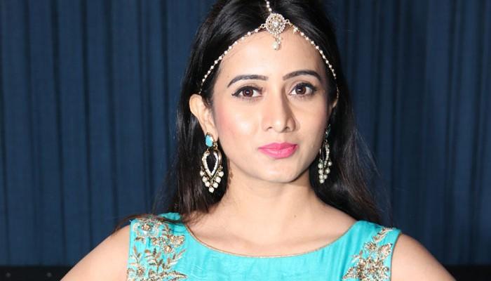 நயன்தாரா போல் பெரிய நடிகை ஆக வேண்டும் – நடிகை ஹர்ஷிகா!