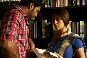 Thupparivaalan Movie Photos
