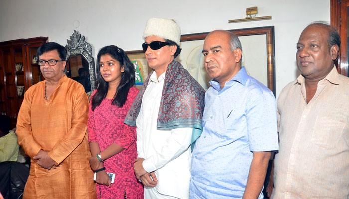 எம்.ஜி.ஆர் திரைப்படத்திற்காக எம்.ஆர்.ராதாவால் எம்.ஜி.ஆர் சுடப்பட்ட காட்சி  படமாக்கப்பட்டது!