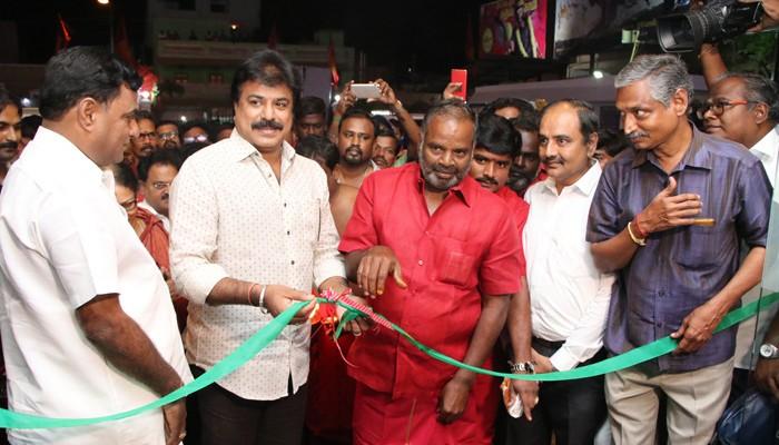 அண்ணா நகர், அம்பத்தூர் மக்களுக்காக புதுப்பிக்கப்பட்ட 'சிவசக்தி' திரையரங்கம்!
