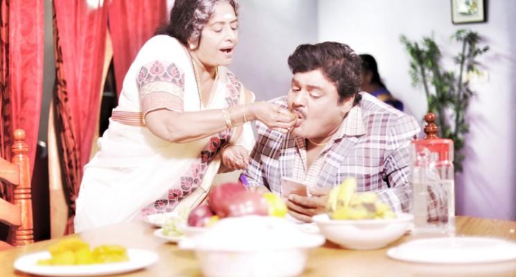 முக்கிய கதாபாத்திரத்தில் கே.ஆர்.விஜயா நடிக்கும் மன்சூரலிகானின் 'கடமான்பாறை'