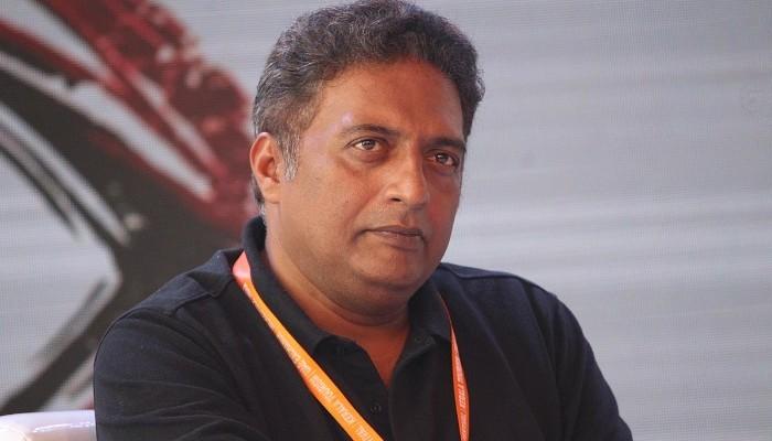 பாலிவுட்டில் பிரகாஷ்ராஜுக்கு போடப்பட்ட மறைமுக ரெட் கார்டு..!