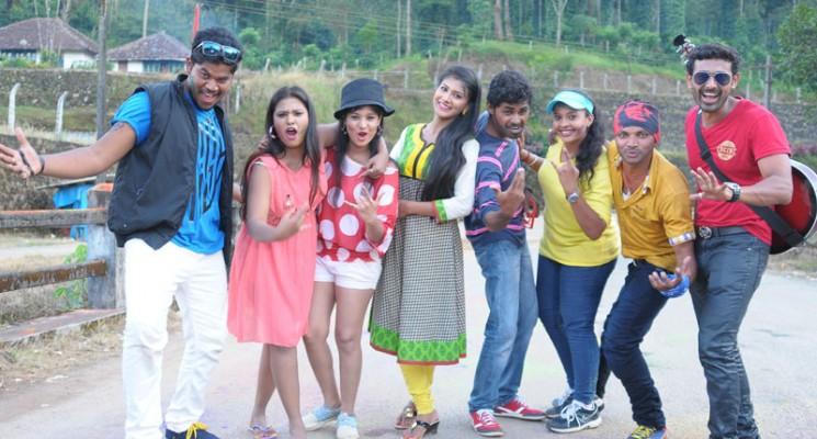 Sandhoshathil Kalavaram – Review