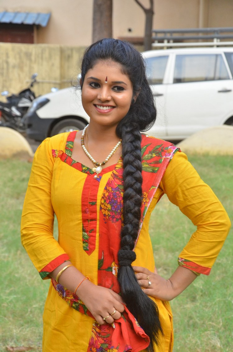 actress-anu-krishna-stills-016