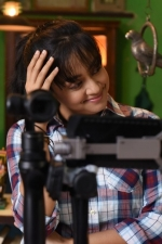 magalir-mattum-jothika-movie-stills-001