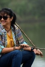 magalir-mattum-jothika-movie-stills-004