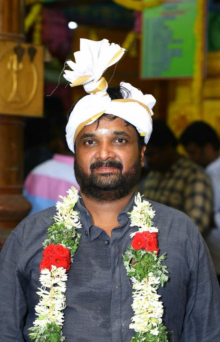 sk12-movie-pooja-stills-001