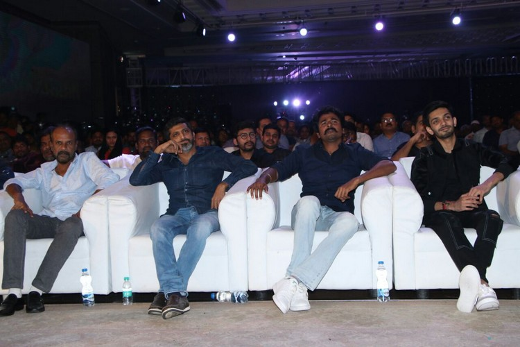 velaikkaran-audio-launch-stills-003