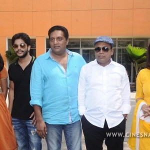 un-samayal-araiyel-press-meet-movie-stills-011